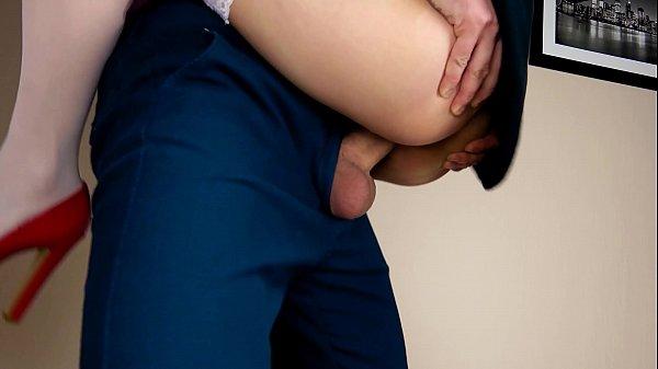 Ver x video com loira gostosa dando a buceta molhada