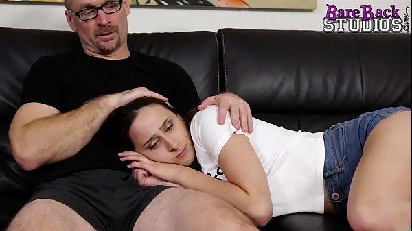 Filme De sexo filha sozinha com pai safado