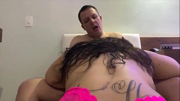 Sexo grátis com puta metendo pela primeira vez no motel