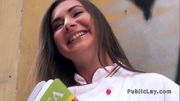 Porno nacional novinhas safadinha foi pro sofá e tomou na xota